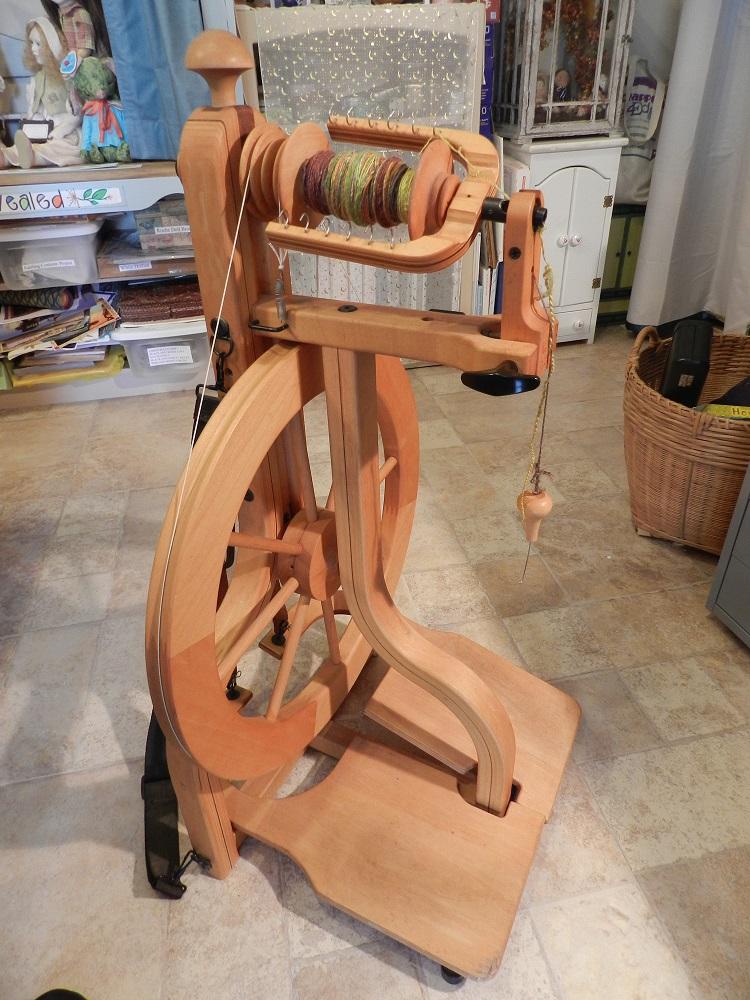 100706-Schacht spinning wheel
