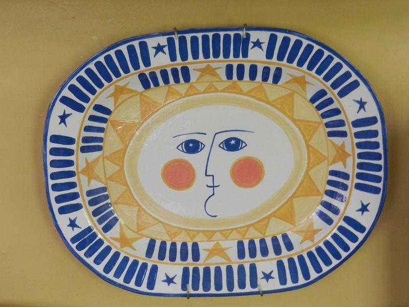 100668-blue sun face
