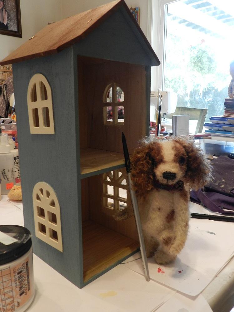 100712-Pebbles paints his house
