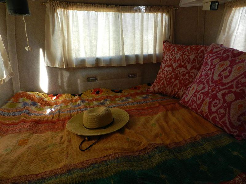 100733-Gypsy bed