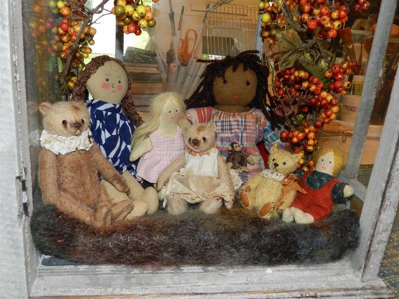 1000322-Bear Village playmates