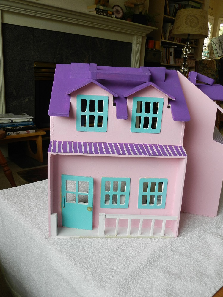 1000425-Purple and Pink Dollhouse
