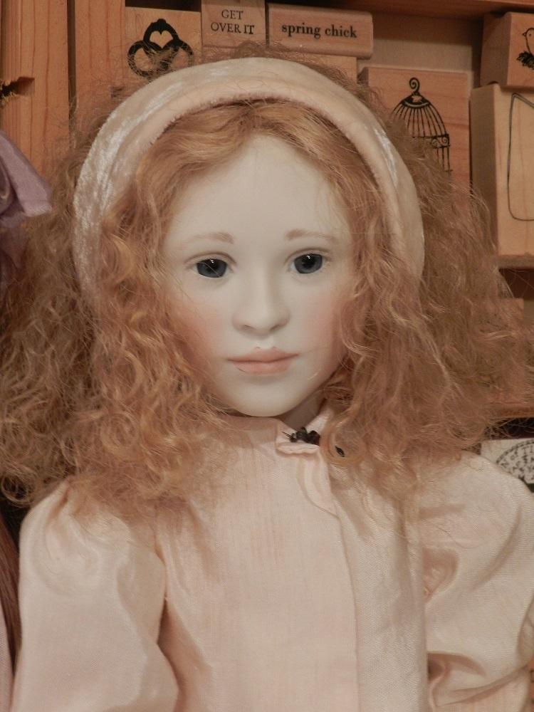 100779-Peach Lillian portrait